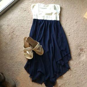 Dresses & Skirts - Strapless dress